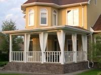 Ограждения для террас, балконов и беседок марки Holzhof (примеры работ)